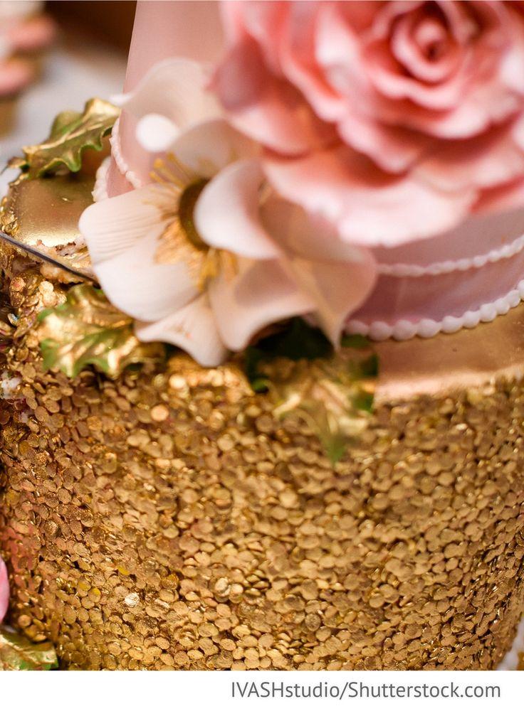 Goldene Torte für russische Hochzeiten