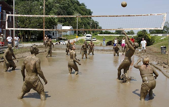 mud volleyball.. oh my goodness.... yuck...:D :D :D @La Vie en Rose this seams like something that would happen at the Courter home :)