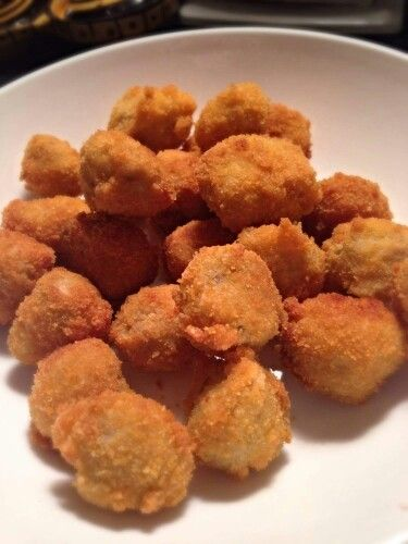 Crumbed button mushrooms x