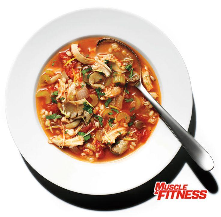 SÍLA POLÉVKY Polévky navozují pocit sytosti a uspokojení bez ohledu na to, jakou dietu právě držíte.  TIP ŠÉFKUCHAŘE  Polévka má i jiné výhody než jen zahřát tělo, když je chladno. Jedna vědecká studie ukázala, že polévka, snědená před hlavním jídlem, pomáhá snížit energetický příjem z oběda o 20 %.