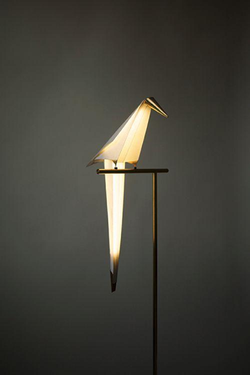 ゆれる小鳥型ライト