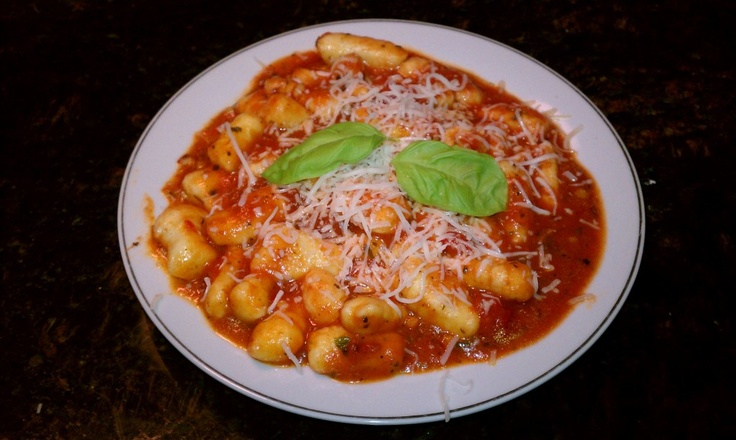 Gnocchi with Tomato Sauce | she cooks, he eats | Pinterest