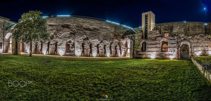 Castle Svevo -Italy ©2016 - Castello Svevo durante la notte dei musei!  ©2016   https://www.facebook.com/Salvatore-Lio-Photography-1734968443388471/?ref=aymt_homepage_panel     Un marchio di Salvatore Lio! Follow me