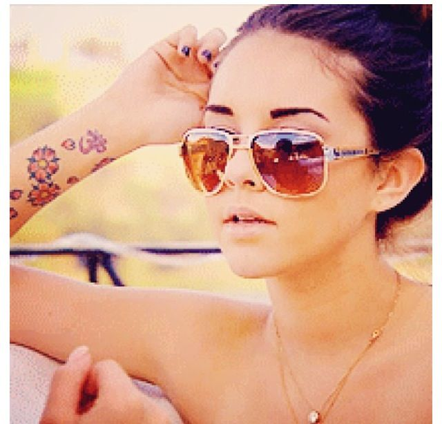 alexis-neiers-flower-tattoos
