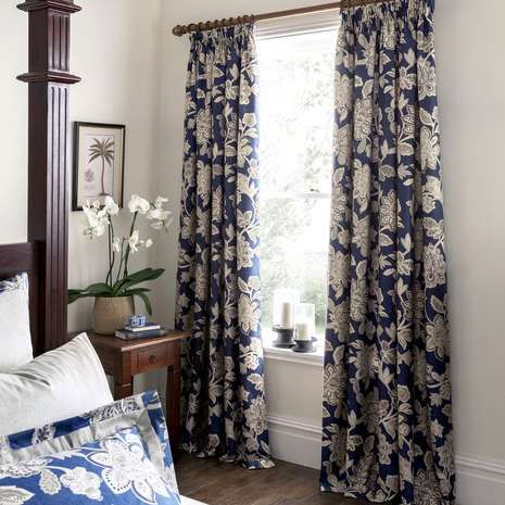 Patterned with an elegant Jacobean and paisley design, these royal blue pencil pleat curtains from the luxurious Dorma range are available in multiple drop leng...