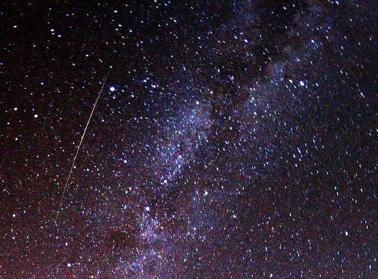 Perseid meteor and Milky Way in 2009 - Perseids - Wikipedia, the free encyclopedia