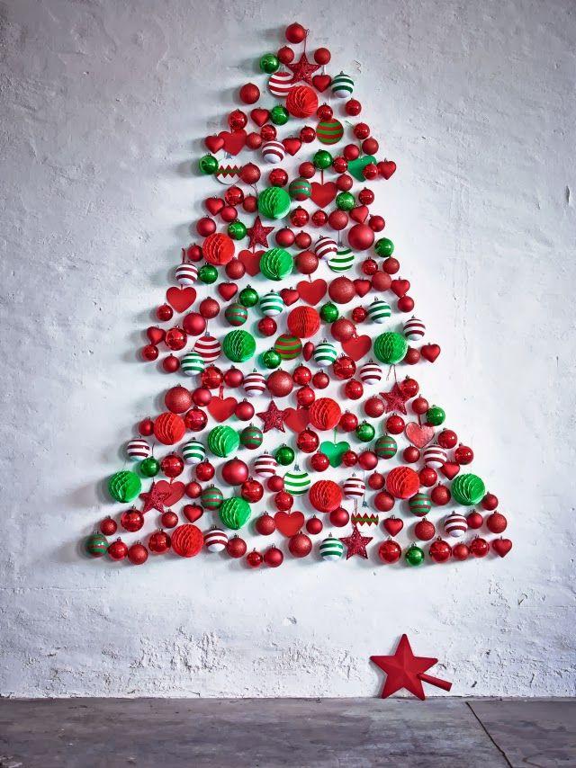 1    Si tienes una casa pequeña o un salón sin espacio, o simplemente no quieres que el árbol de navidad ocupe demasiado en tu hogar, ...
