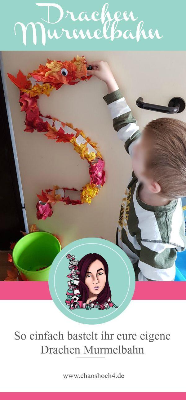 So einfach könnt ihr aus alten Klopapierrollen, die beste Drachen Murmelbahn für Kinder basteln. Die coolste DIY Idee für viele Regentage im Herbst.