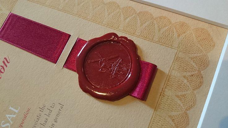 Je eigen lakzegel of zegelstempel laten maken. http://certificaatopmaat.nl/eigen-lakzegel-zegelstempel-laten-maken/
