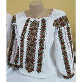 Украинская вышитая сорочка из домотканого полотна с богатым орнаментом для женщин (GNM-01718)