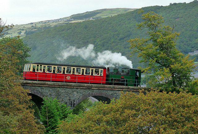 Snowdon Mountain Railway - crossing the viaduct Llanberis | Flickr - Photo Sharing!