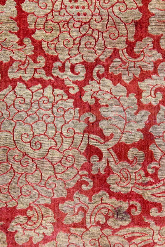 SOMEBODY WOVE THIS. thread by thread... Chinese Silk Brocade, late Ming