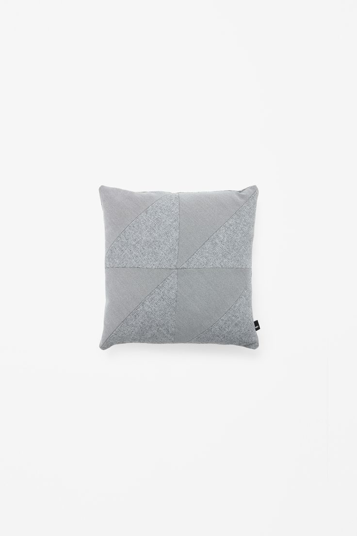 COS × HAY wishlist | Square contrast cushion