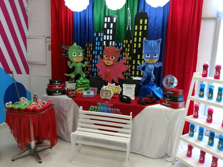 Mini Uno Game 4 Pack further Cumple Pj Mask in addition Ice Cream Party together with Blues Brothers Sunglasses likewise The Ultimate Robot Party Full Diy Tutorials. on costume favors table