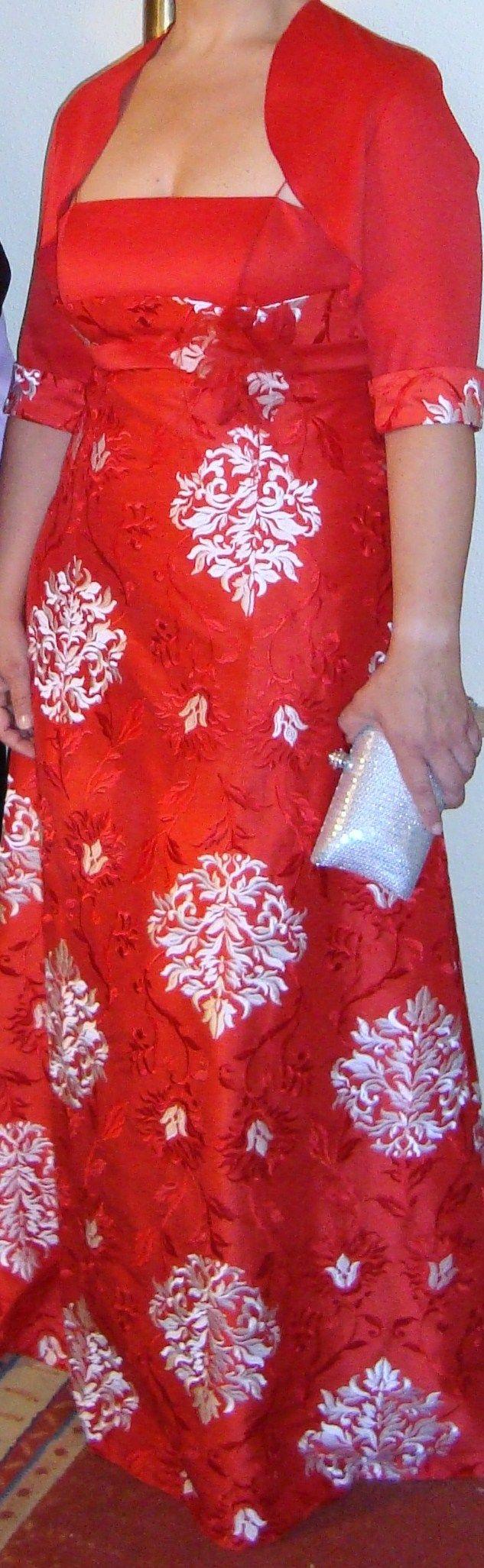 ¡Nuevo vestido publicado!  SANTIAGO SANCHEZ - T44 ¡por sólo 150€! ¡Ahorra un 67%!   http://www.weddalia.com/es/tienda-vender-vestido-novia/santiago-sanchez-t44/ #VestidosDeNovia vía www.weddalia.com/es
