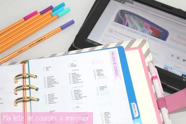 A la demande générale, je vous ai [enfin] fait une jolie liste de courses à imprimer et à mettre dans votre agenda ou votre classeur maison. Elle est au format A4 mais vous pouvez très bien l'impri...