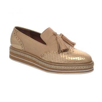 CALZADO+CUADRA+~+Zapato+de+dama+en+piel+genuina+de+pitón+con+suela+de+plataforma.+Un+diseño+súper+cómodo+con+detalles+en+color+oro+para+un+toque+muy+chic+que+combina+con+todo