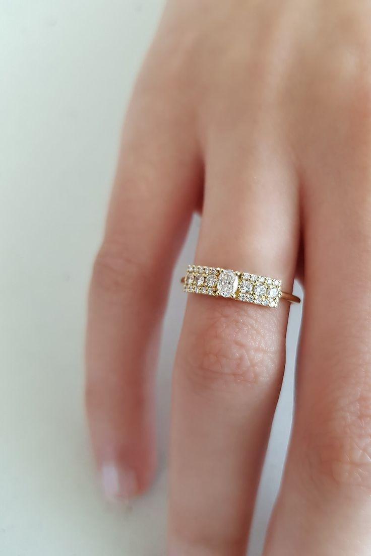 Anillo de oro amarillo Second Wife - Sansoeurs Wedding Rings, Engagement Rings, Diamond, Jewellery, Studio, Yellow Gold Rings, Rose Gold Rings, Rose Gold Engagement Ring, Gold Engagement Rings