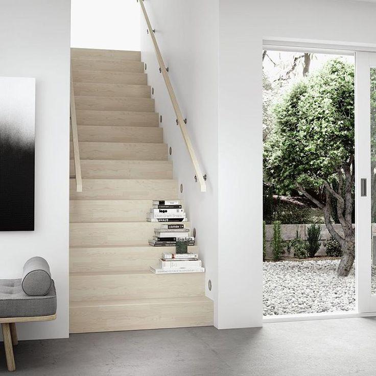 Visste du at vi kan levere og montere trapp mellom vegger? Her er det Escalia Tokyo som er vist med rette trinn i ask hvit lasur. På Escalia kan vi også levere med skråstilte trinn. Stylist: @susanneswegen Byrå: @ellemelleas #hagen_as #escalia #escaliatokyo #merkevare #produkt #trapp #trapper #modernetrapper #stairs #interior #interiør #skandinaviskehjem #skandinaviskdesign #nordiskdesign #nytthus #oppussing #nytrapppåendag #nytrapp