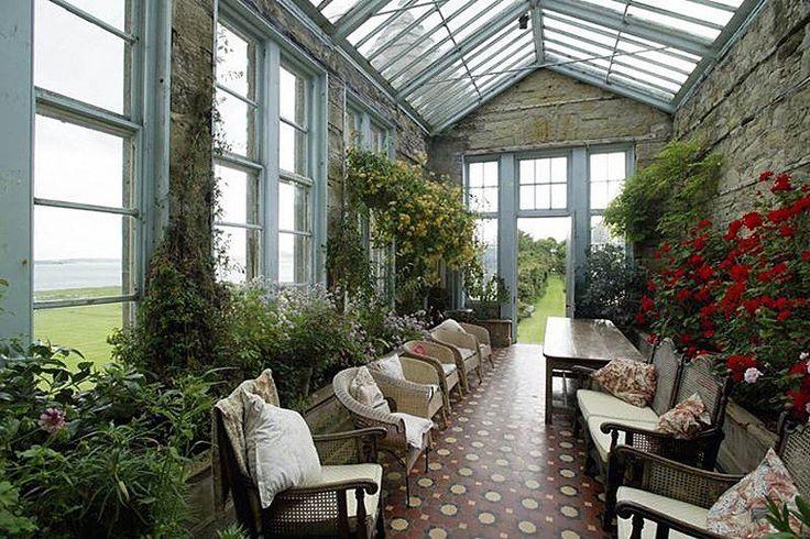 Castle Hotels: Personal Castle Villa Rentals : Daily Traveler : Condé Nast Traveler