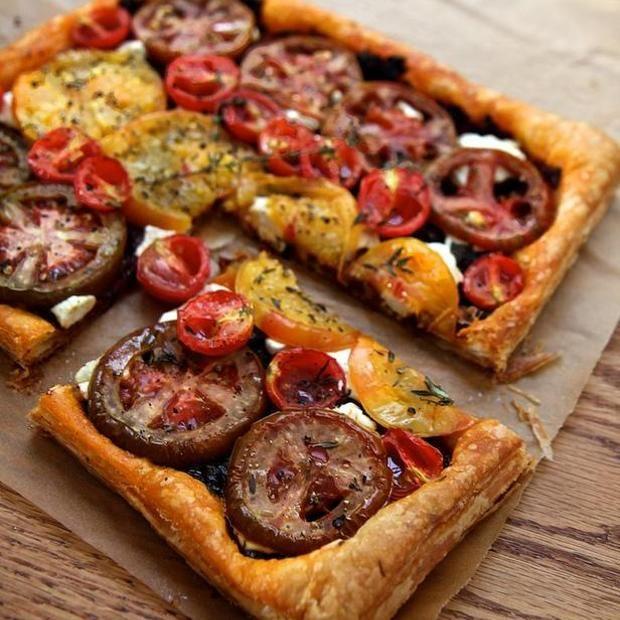 Heirloom Tomato Tart // Look at the crust!