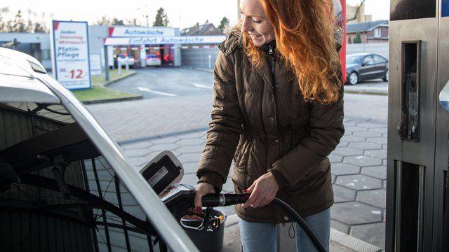 Quo Vadis Selbstzunder Fur Wen Sich Die Anschaffung Eines Diesels Noch Lohnt Diesel Autos Verbrennungsmotor