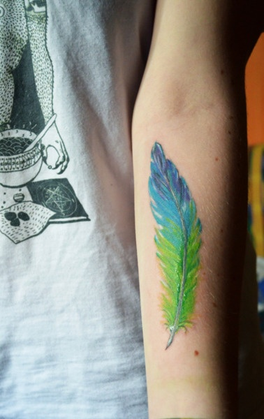 Best 25 color feather tattoos ideas only on pinterest for Studio 42 tattoo