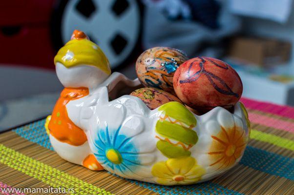 Ukrašavanje jaja sa kreon bojicama