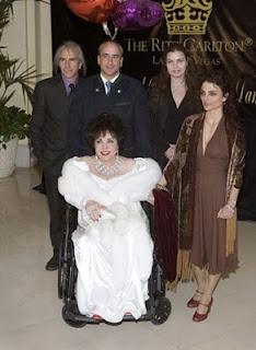 ELIZABETH TAYLOR & HER CHILDREN, MICHAEL WILDING JR., CHRISTOPHER WILDING, MARIA BURTON & LIZA TODD-BURTON. (2007) HER 75TH B-DAY.