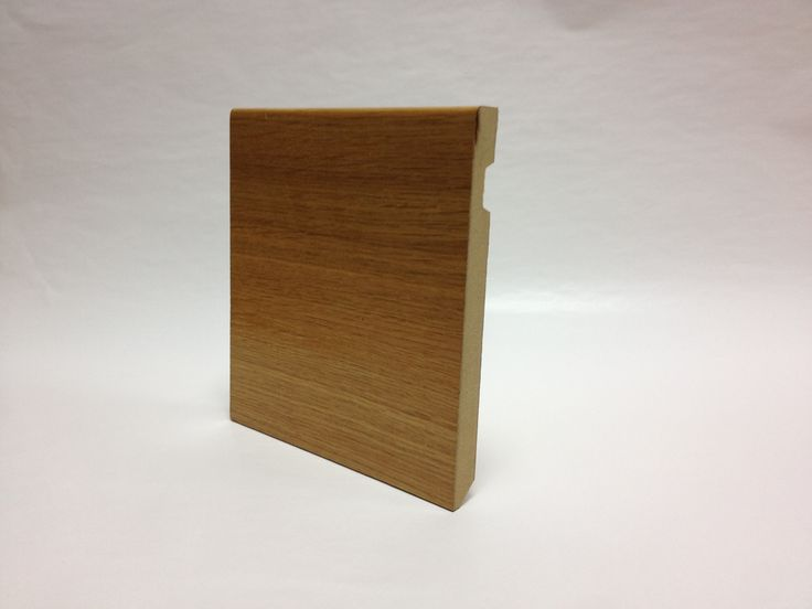 French Oak, veneer, mdf, skirting (baseboard) Rodapié (zócalo) de chapa de roble francés en base mdf