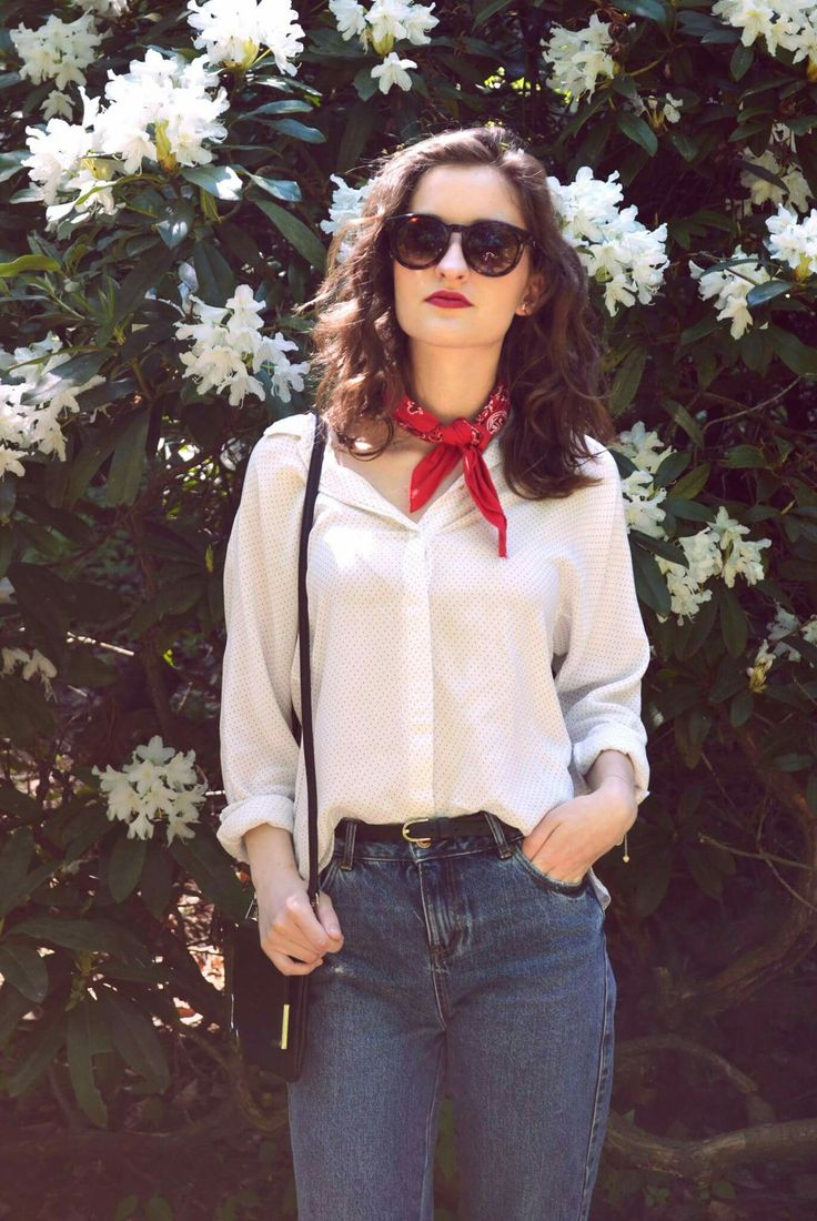 Bandana, mom jeans, fashion, ootd, spring style, classy