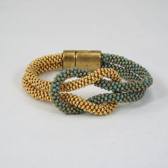Kumihimo  Love Knot Infinity Bracelet in por ComplimentsByDesign