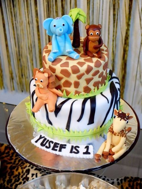 Jungle Safari Birthday Party cake!  See more party ideas at CatchMyParty.com!