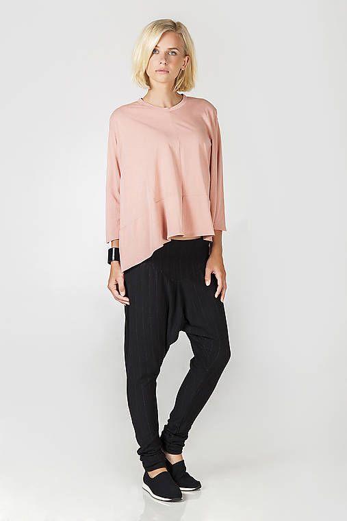 DesignDictat / Růžový úpletový top