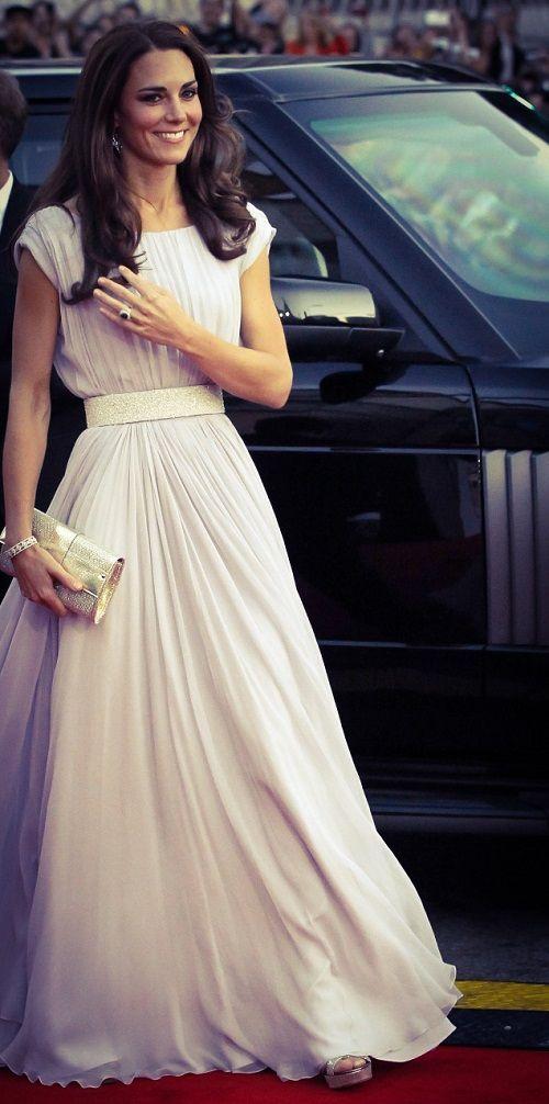 #katemiddleton is so classy! www.thedressspot.com