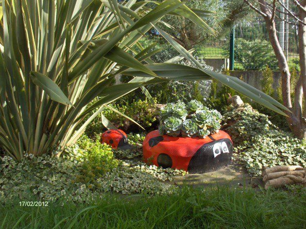Best 10 old tire planters ideas on pinterest tire planters old tires and tyre garden - Garden ideas using old tires ...