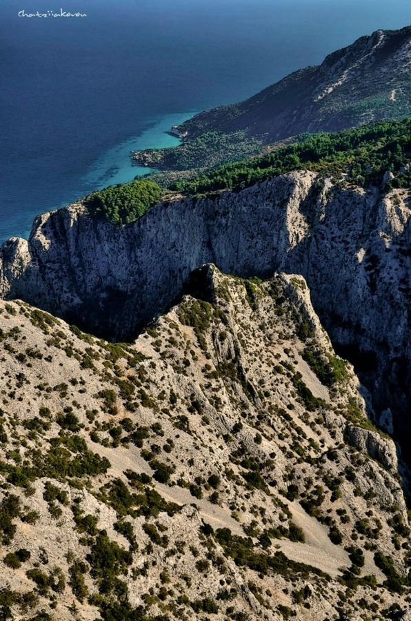 This is my Greece | Rough cliffs on Samos island
