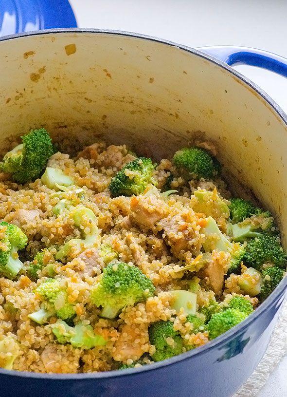 One Pot Quinoa, Chicken and Broccoli is a flavourful healthy quinoa pilaf recipe ready in 30 minutes. Even quinoa cooks in the same pot. | ifoodreal.com