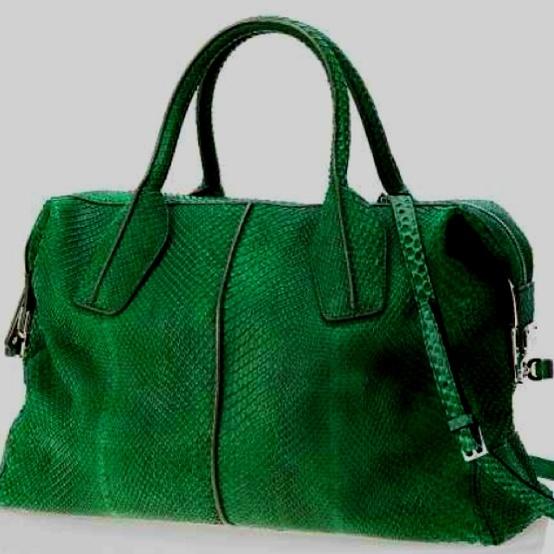 Love the dark green color