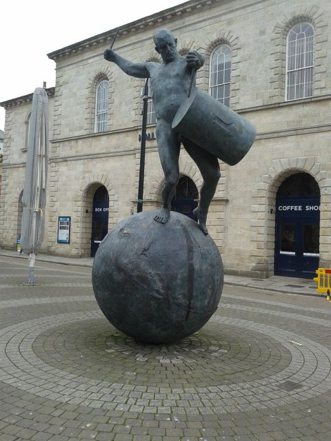 Drummer Statue, Truro, Cornwall... by D.Lynes