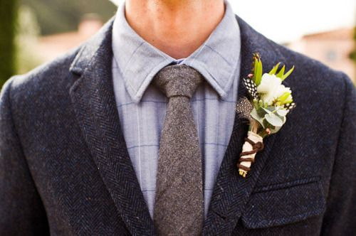 like the grey tie