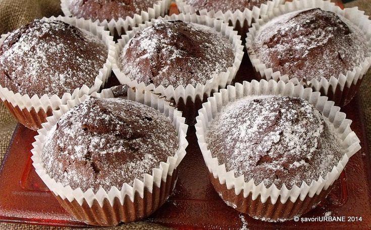 Briose cu ciocolata si stafide (7)