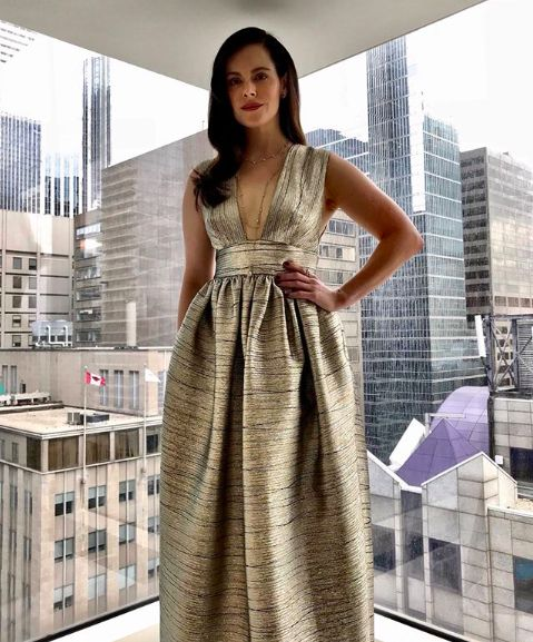 Milli Muse. Canadian actress Emily Hampshire in Greta Constantine, designer available at Milli. #gretaconstantine #milli #emilyhampshire
