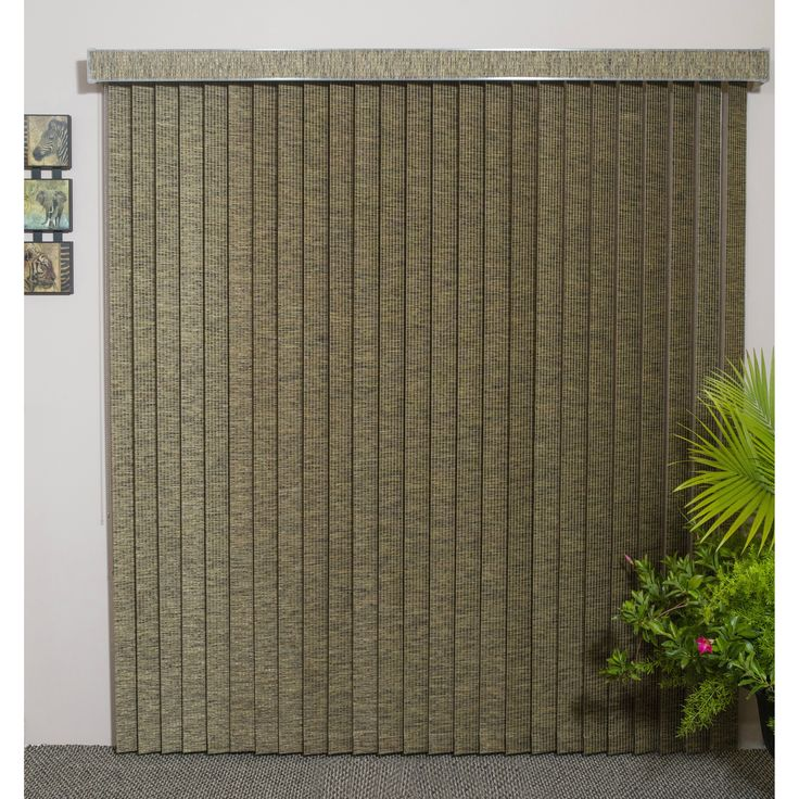 The Edinborough fabric vertical blinds offer a classic style and natural look that will fit your windows gorgeously. Constructed from premium fabric, these blinds are available in neutral colors to ma