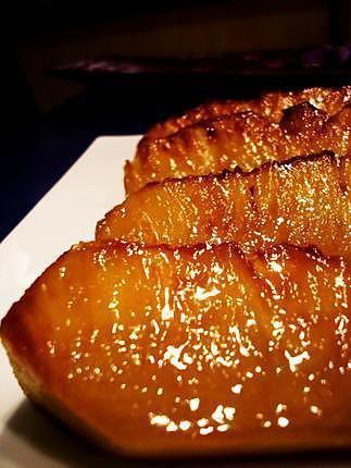 La meilleure recette d'Ananas roti/caramélisé! L'essayer, c'est l'adopter! 4.6/5 (7 votes), 6 Commentaires. Ingrédients: • 1/2 ananas • 2 cuillères à soupe de cassonade • ~ 15g de beurre/margarine