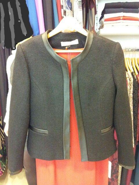 Ekinox deri biyeli keçe ceket.Fiyati:220 tl