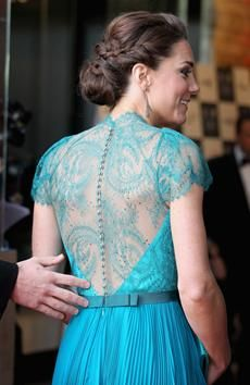 everything about this is gorgeous - the dress, her hair, everything!