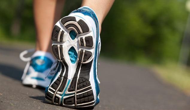 Conseils pour améliorer votre expérience de la course à pied. Retrouvez les meilleurs conseils des coachs pour débuter le running, préparer votre prochaine course ou optimiser votre entrainement avec des plans pour le 10km, semi-marathon et marathon.