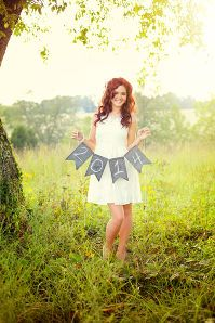 Love the banner idea...cute. for Kaitlyn's senior pics!!! @Mindy Burton Burton Burton Sudderth Shook