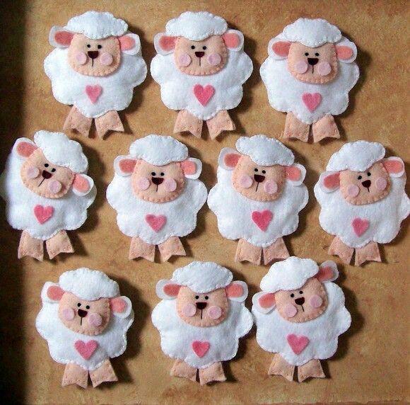 Estas tiernas y lindas ovejitas te pueden servir en tu decoración navideña.